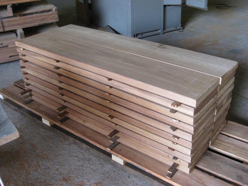 Diensten for Dikte traptreden hout